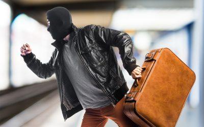 Jak nie paść ofiarą kradzieży w czasie podróży?